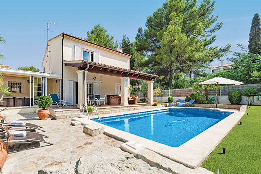 £481.00 for Mallorca self catering holiday
