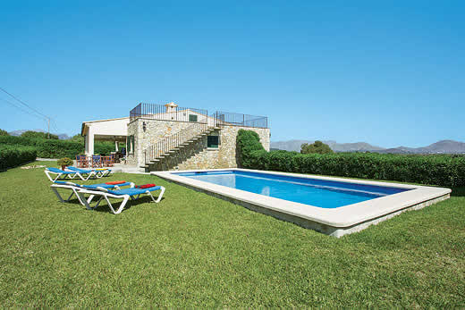 £952.00 for Mallorca self catering holiday