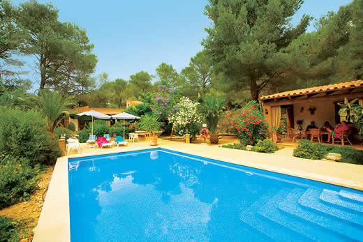 £471.00 for Mallorca self catering holiday