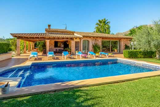 £1589.00 for Mallorca self catering holiday