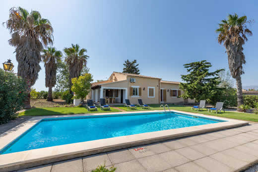 £324.00 for Mallorca self catering holiday villa