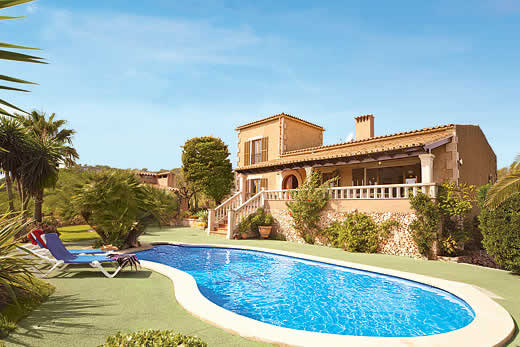 £1246.00 for Mallorca self catering holiday