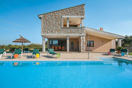 £1363.00 for Mallorca self catering holiday