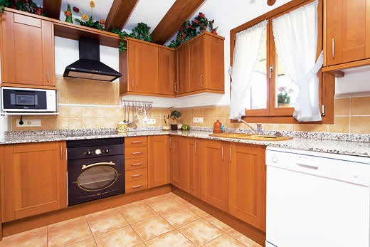 £408.00 for Mallorca self catering holiday