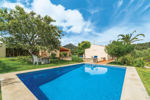 £1112.00 for Mallorca self catering holiday