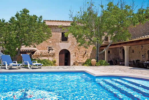 £1268.00 for Mallorca self catering holiday