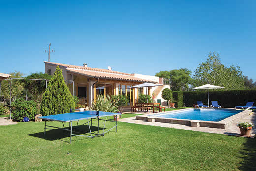 £1253.00 for Mallorca self catering holiday