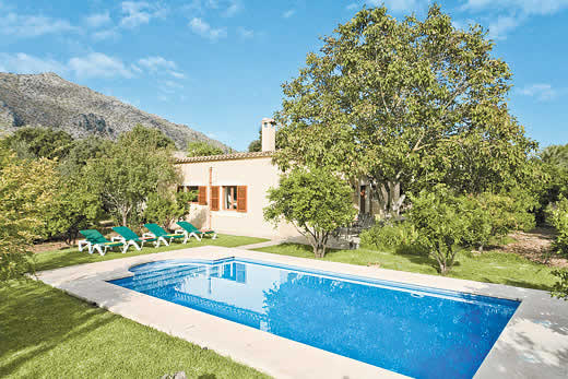 £1183.00 for Mallorca self catering holiday