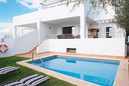 £1017.00 for Mallorca self catering holiday