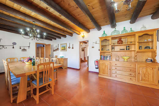£712.00 for Mallorca self catering holiday