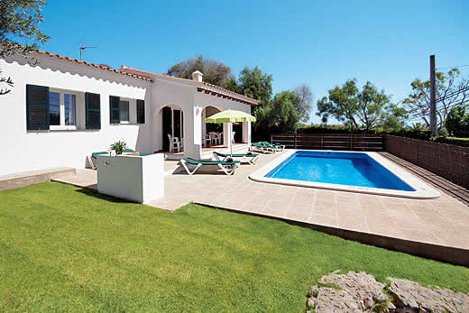 Enjoy a great self catering holiday villa in Menorca
