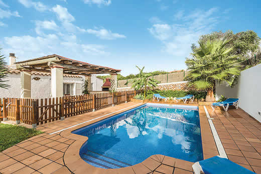 £571.00 for Menorca self catering holiday
