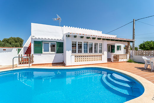 £674.00 for Menorca self catering holiday