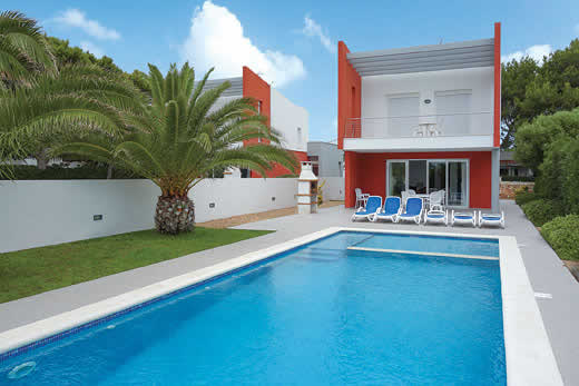 £475.00 for Menorca self catering holiday
