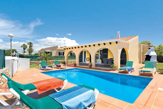£408.00 for Menorca self catering holiday