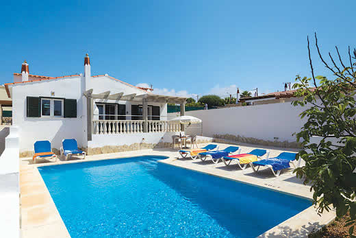Holiday villa deal for Menorca with private swimming pool