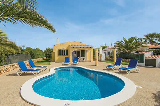 £295.00 for Menorca self catering holiday villa