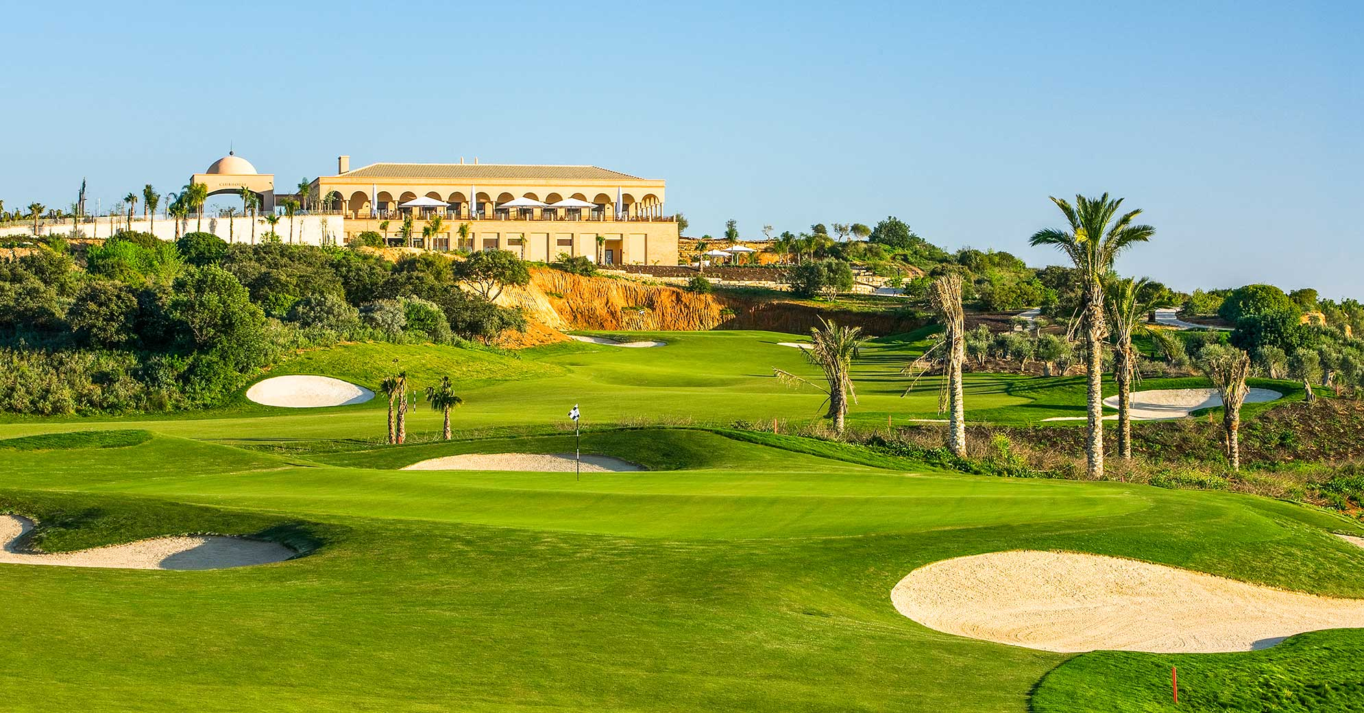 Villas in Amendoeira Golf Resort - Algarve | James Villa