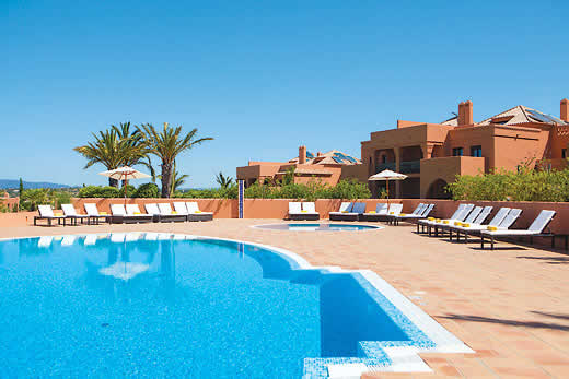 Enjoy a great self catering holiday in  Algarve