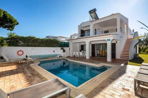 £607.00 for Algarve self catering holiday