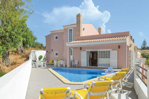 Algarve a great place to enjoy a self catering holiday