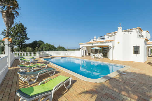 £439.00 for Algarve self catering holiday