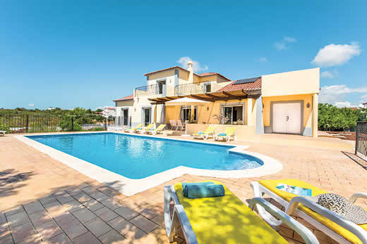 £677.00 for Algarve self catering holiday