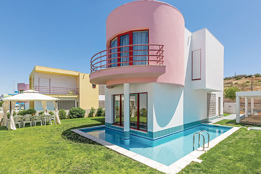 £337.00 for Algarve self catering holiday