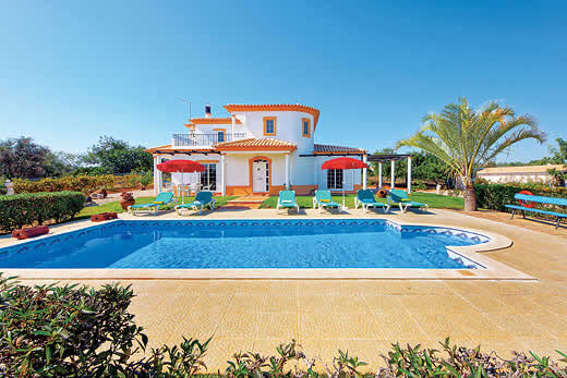 £1125.00 for Algarve self catering holiday