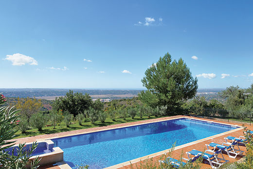 Holiday photo of Quinta da Luz villa