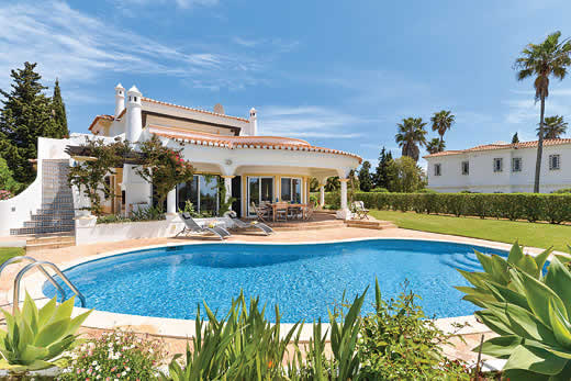 £1349.00 for Algarve self catering holiday