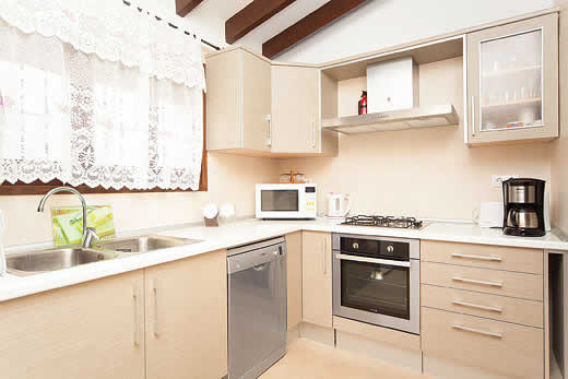 £618.00 for Costa Blanca self catering holiday