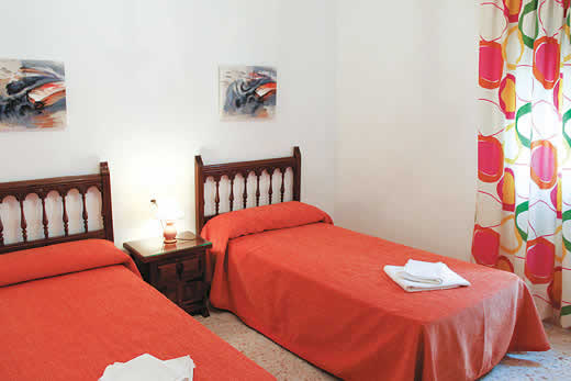 £565.00 for Costa Blanca self catering holiday