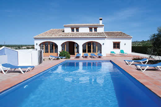£667.00 for Costa Blanca self catering holiday
