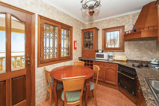 £366.00 for Costa Blanca self catering holiday