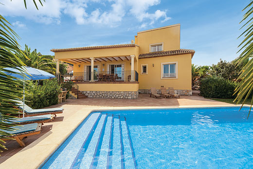 £399.00 for Costa Blanca self catering holiday
