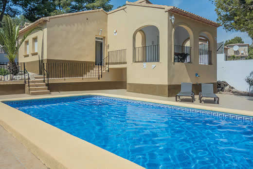 £299.00 for Costa Blanca self catering holiday villa