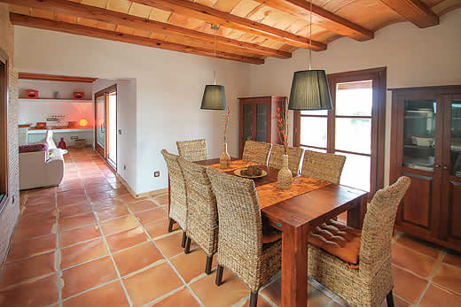 £859.00 for Costa Blanca self catering holiday