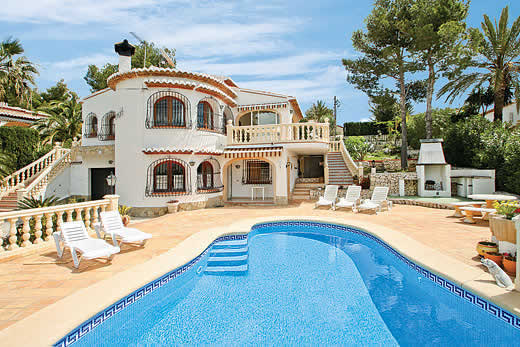£645.00 for Costa Blanca self catering holiday