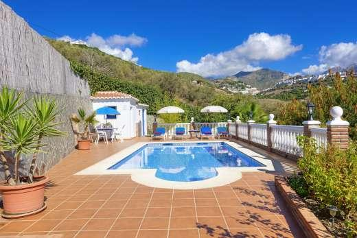 £560.00 for Andalucia self catering holiday