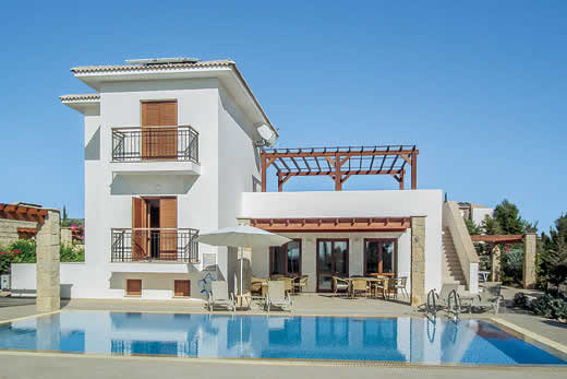 £1568.00 for Cyprus self catering holiday