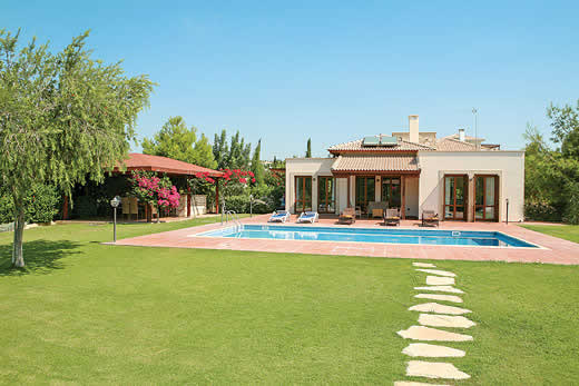 £1694.00 for Cyprus self catering holiday