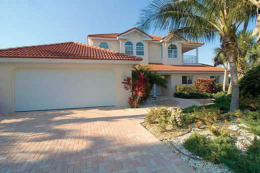 Read more about 532 70th Street villa
