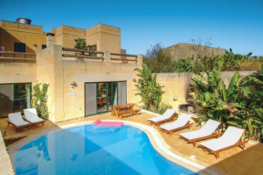 Holiday villa deal for Gozo with private swimming pool