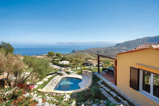 Sicily a great place to enjoy a self catering holiday villa