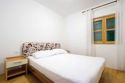 £1730.00 for Dalmatia self catering holiday