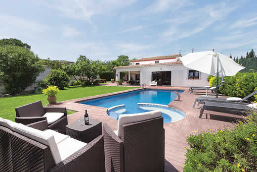 £1524.00 for Costa Brava self catering holiday