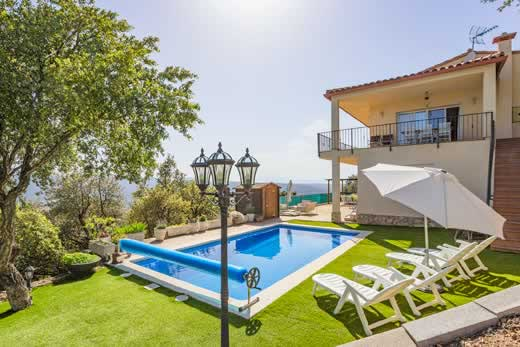 £1267.00 for Costa Brava self catering holiday