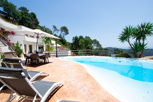 Read more about Mestral villa