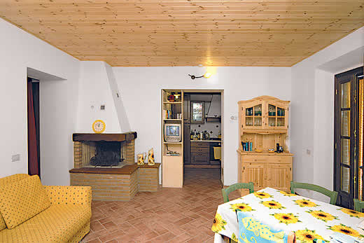£408.00 for Tuscany self catering holiday